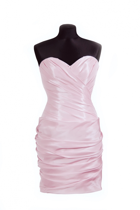Zdjęcie produktu na manekinie - suknia wieczorowa drapowana, mini, pudrowy róż, gorsetowa