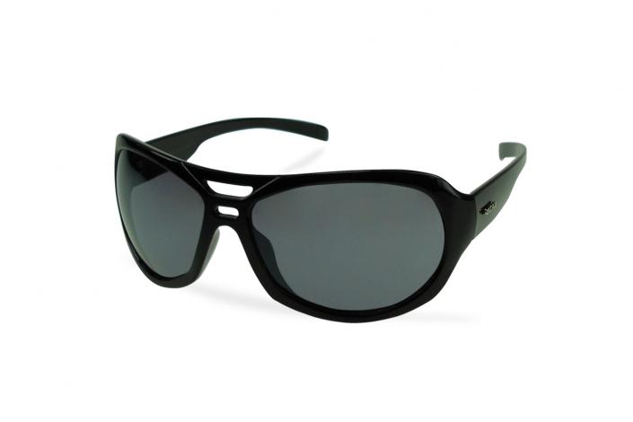 Zdjęcie produktu okulary przeciwsłoneczne czarne, wykonanie i obróbka zdjęcia